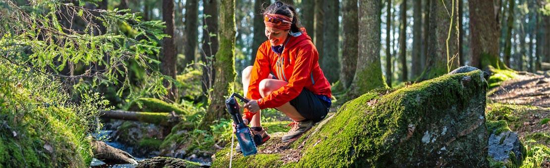 Filtre portable pour le traitement eau potable en voyage et randonnée